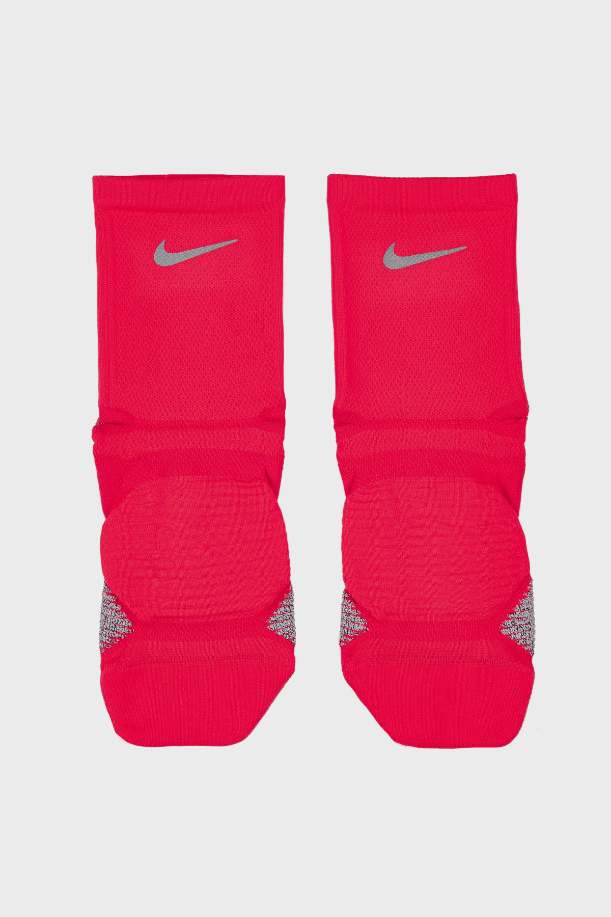 NIKE - RACING ANKLE SOCKS - CRIMSON